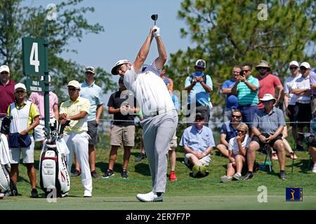 11 maggio 2018; Ponte Vedra Beach, FL, USA; Jon Rahm gioca il suo tiro dal quarto tee durante il secondo round del torneo di golf Players Championship al TPC Sawgrass - Adam Hagy-USA TODAY Sports