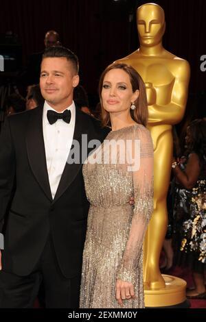 Angelina Jolie e Brad Pitt arriveranno all'86esimo annuale Academy Awards al Dolby Theatre di Hollywood, California, il 2 marzo 2014. (Foto di Jennifer Greylock/Sipa USA)