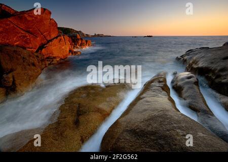 Geografia / viaggio, Francia, Corsica, Sunset luce sulle formazioni di granito a Campomoro punto su Cors, Additional-Rights-Clearance-Info-non-disponibile
