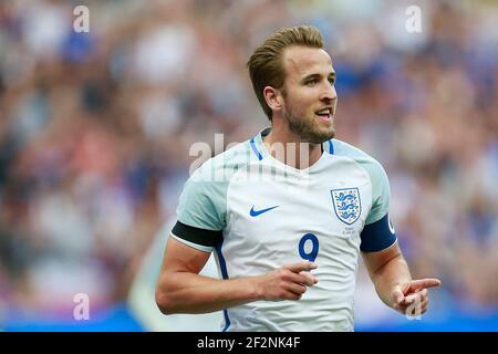 L'Inghilterra in avanti Harry Kane celebra dopo aver segnato durante la partita di calcio amichevole tra Francia e Inghilterra il 13 giugno 2017 allo Stade de France a Saint-Denis, Francia - Photo Benjamin Cremel / DPPI
