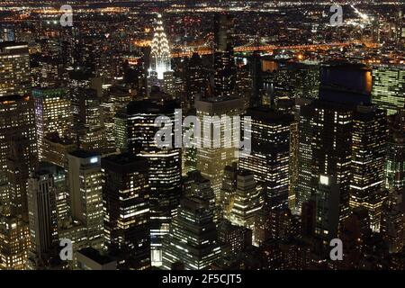 Geografia / viaggio, Stati Uniti, New York, New York City, vista dall'Empire state Building verso Chrysler Bui, Additional-Rights-Clearance-Info-Not-Available