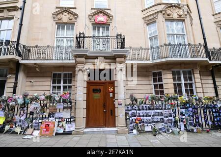 L'ambasciata del Myanmar a Mayfair, Londra, che l'ex ambasciatore del Myanmar nel Regno Unito, Kyaw Zwar Minn, è stato impedito di entrare. Data immagine: Giovedì 8 aprile 2021.