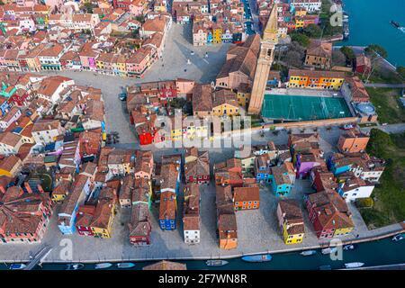 Vista aerea delle case colorate dell'Isola di Burano