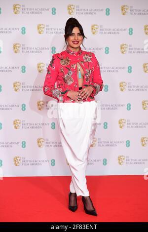 Priyanka Chopra Jonas arriva per l'EE BAFTA Film Awards alla Royal Albert Hall di Londra. Data immagine: Domenica 11 aprile 2021.