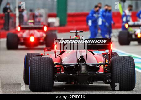 Charles Leclerc (MON) Ferrari SF-21. Gran Premio d'Emilia Romagna, domenica 18 aprile 2021. Imola, Italia.
