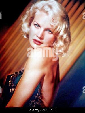 CARROLL BAKER American palcoscenico, film e attrice TV circa 1956