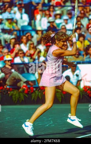 Tracy Austin (USA) vince i Campionati di tennis aperti degli Stati Uniti del 1981