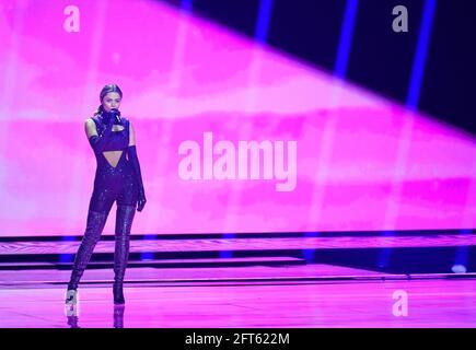 Il partecipante greco Stefania si esibisce durante la prova di abbigliamento della Grande finale della Giuria del Concorso Eurovisione Song 2021 a Rotterdam, Paesi Bassi, 21 maggio 2021. REUTERS/Piroschka van de Wouw