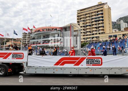 Monaco, Montecarlo. 23 maggio 2021. Sfilata di piloti. 23.05.2021. Campionato del mondo Formula 1, Rd 5, Gran Premio di Monaco, Monte Carlo, Monaco, Giorno della gara. Il credito fotografico dovrebbe essere: XPB/immagini dell'associazione stampa. Credit: XPB Images Ltd/Alamy Live News