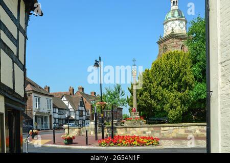 Il 'Pepperpot' e edifici d'epoca High Street, Upton-upon-Severn, Worcestershire, Inghilterra, Regno Unito