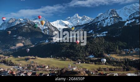 Festa dei mongolfiere a Château-d'Oex, Svizzera