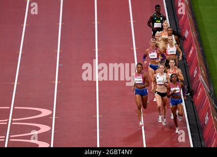 Tokyo 2020 Olimpiadi - Atletica - Donna 800m - Heptathlon 800m - Stadio Olimpico, Tokyo, Giappone - 5 agosto 2021. Gli atleti compete REUTERS/Clodagh Kilcoyne