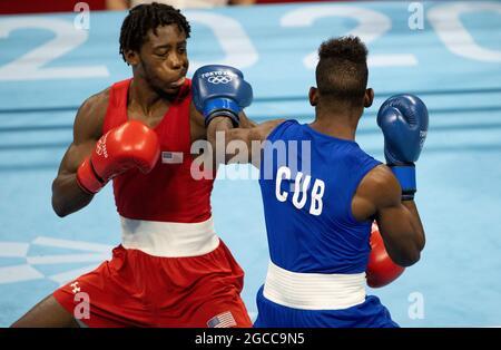 Tokyo, Kanto, Giappone. 8 agosto 2021. KEYSHAWN DAVIS (USA) e ANDY CRUZ (CUB) nel Boxing Men's Light (57-63kg) Final Bout durante le Olimpiadi di Tokyo 2020 presso la Kokugikan Arena. (Credit Image: © Paul Kitagaki Jr./ZUMA Press Wire)
