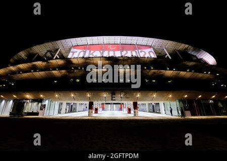 Tokyo, Giappone. 24 agosto 2021. Una vista dello Stadio Nazionale di Kengo Kuma a Shinjuku, il fulcro delle strutture olimpiche e paraolimpiche di Tokyo. (Credit Image: © James Matsumoto/SOPA Images via ZUMA Press Wire)