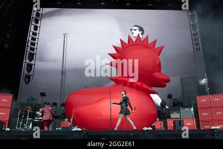 Leeds, Regno Unito, 27 agosto 2021. Yungblud al Leeds Festival. Credit Katja Ogrin/Alamy