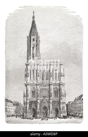 Strasburgo piazza della cattedrale di Nostra Signora di Notre Dame Alsace Francia architettura torre in pietra guglia Foto Stock
