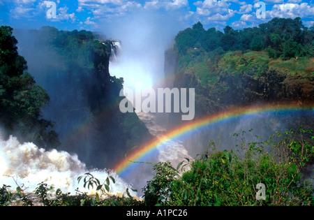 Immagine aerea di Victoria Falls con rainbow Mosi-oa-Tunya Zimbabwe Foto Stock