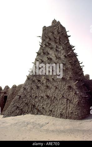 Timbuctu città in Sub Sahara Mali, Africa occidentale. Torre dell'antica universita islamica moschea di Sankore Foto Stock