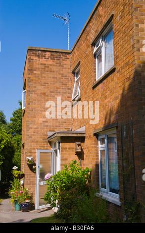 Casa indipendente costruita negli anni quaranta nelle zone rurali Rufford Nottinghamshire Inghilterra UK UE Foto Stock