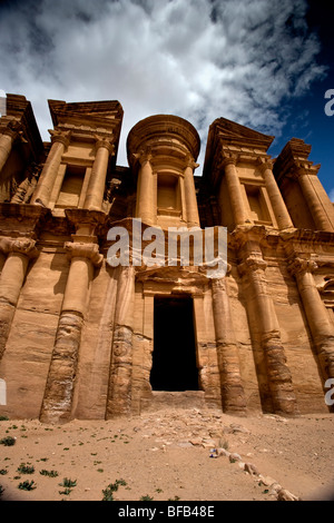 Monastero Ad-Deir, Petra, Giordania Foto Stock