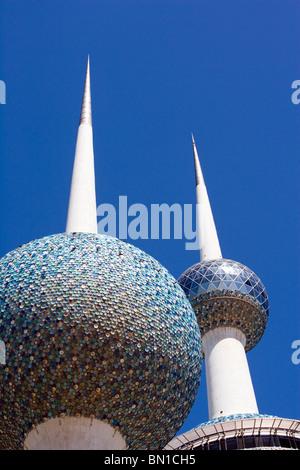 Kuwait Towers, iconico punto di riferimento, lo Stato del Kuwait, Medio Oriente Foto Stock