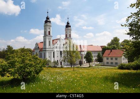 In Germania, il Land della Baviera e della Svevia, Allgaeu, Ostallgäu, Irsee, vista di abbazia Foto Stock