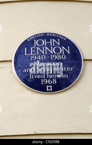 Marcatura di placca dove John Lennon e dei Beatles, vissuto con Yoko Ono nel 1968 - Montagu Square, Marylebone, Foto Stock
