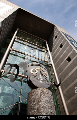 Royal Armouries Museum di Armouries Square, Leeds, West Yorkshire, nello Yorkshire, Inghilterra, Regno Unito, Europa Foto Stock
