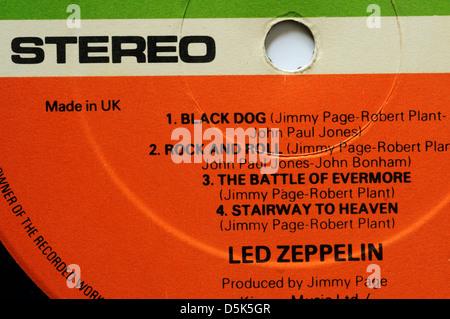 Led Zeppelin 4 etichetta discografica con classici brani Rock and Roll e scala verso il cielo Foto Stock