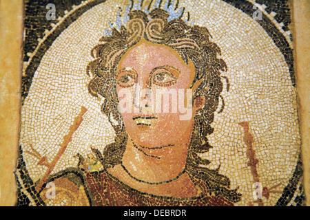 Mosaico romano raffigurante Euterpe (una delle Muse nella mitologia greca) dating forma II secolo nel museo archeologico, Foto Stock