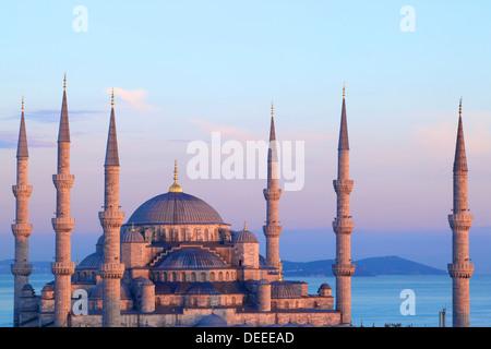 La Moschea Blu (Sultan Ahmet Camii), Istanbul, Turchia Foto Stock