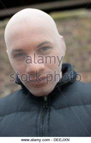 Uomo in maschera da sci Foto Stock