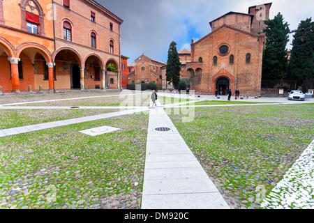 """Santo Stefano piazza contiene un complesso di templi antichi Sette Chiese ('Sanche le chiese"""") di Bologna, Italia Foto Stock"""