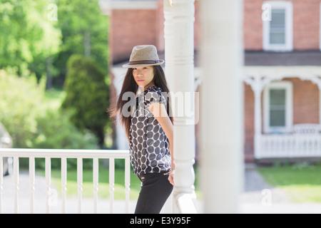 Ritratto di ragazza adolescente Foto Stock