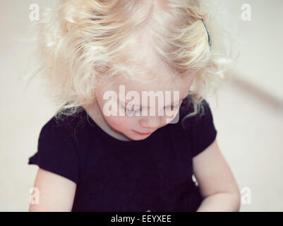 Ragazza bionda toddler Foto Stock