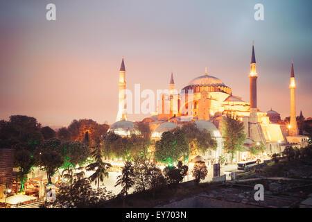 In stile vintage immagine del Museo Hagia Sophia in Istanbul, Turchia Foto Stock