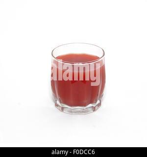 Succhi di frutta in vetro isolato su bianco. Foto Stock