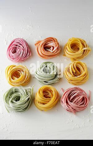 Materie pasta italiana su schede, alimentari top Foto Stock