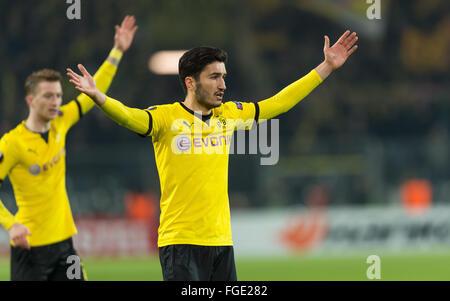 Dortmund, Germania. 18 Febbraio, 2016. Dortmund Nuri Sahin reagisce durante la UEFA Europa League tra Borussia Dortmund Foto Stock