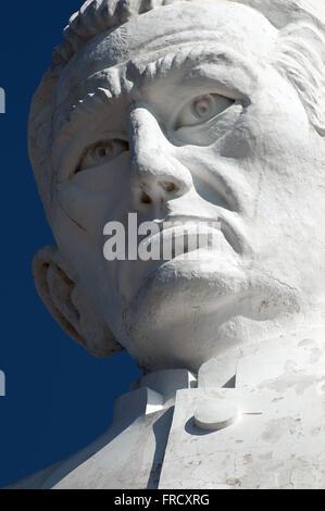 Statua di Padre Cicero sulla collina nel giardino la città di Juazeiro Foto Stock