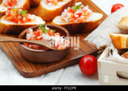 La bruschetta : il più popolare antipasto italiano Foto Stock