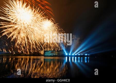 Fuochi d'artificio al Castello di Leeds, Maidstone Kent, Inghilterra, Gran Bretagna Foto Stock