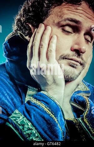 Il principe azzurro, concetto medievale, divertenti immagini di fantasia Foto Stock
