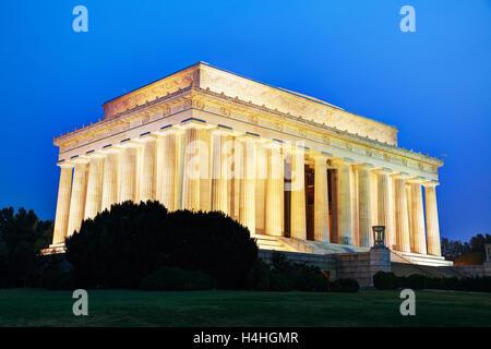 Abramo Lincoln Memorial in Washington, DC di sera Foto Stock