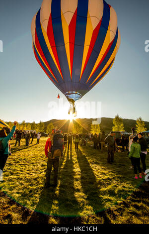 I palloni ad aria calda battenti in Aspen Colorado Foto Stock