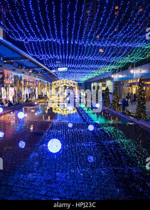 Simulazione di illuminazione veneziano display è una galleria per lo shopping a Tokyo Dome City. Foto Stock