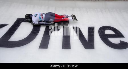 Koenigssee, Germania. 24 Febbraio, 2017. Atleta sloveno Sara Lavrencic in azione al IBSF di Bob e Skeleton Campionati Foto Stock