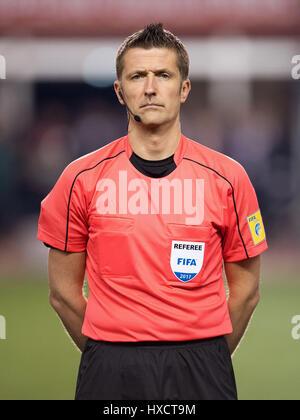 Baku in Azerbaijan. 26 Mar, 2017. Arbitro Daniele Orsato prima della Coppa del Mondo FIFA Gruppo qualificatore fase Foto Stock