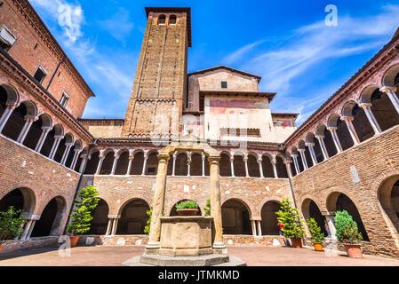 Bologna, Italia - la basilica di Santo Stefano, santa Gerusalemme, noto come le sette chiese. emilia-romagna. Foto Stock