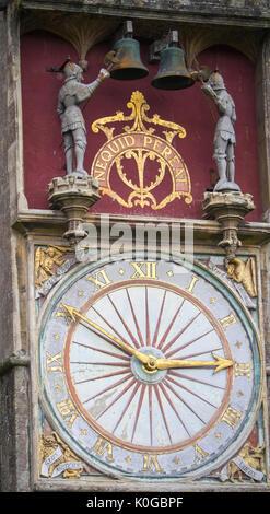 Il quadrante esterno e un quarto di jack del transetto nord,Cattedrale di Wells Foto Stock